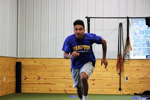 Vince sprinting forward